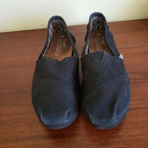 Toms Shoes - Black Tom's